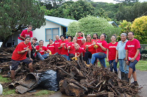 Kauai Drug Court staff & clients clear debris in Koloa neighborhood after Kauai flood, 04-20-2018.
