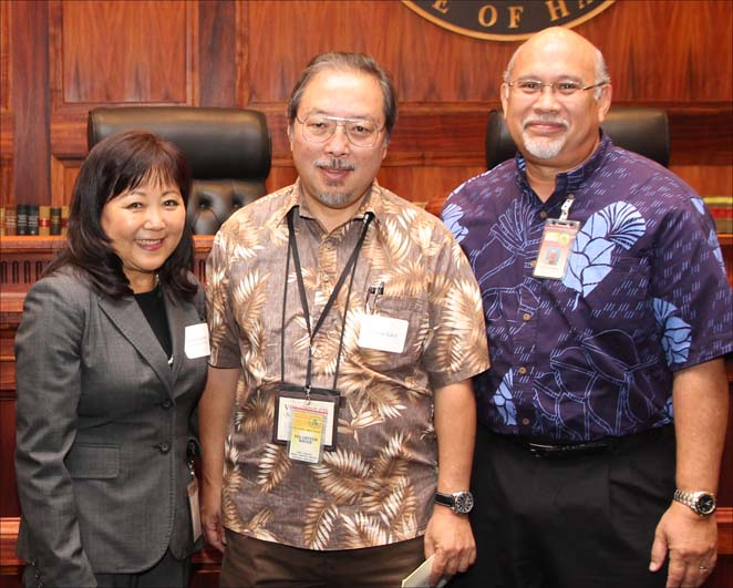 Wayne Sakai is reconized as the Hawaii State Judiciary's volunteer with the most hours.