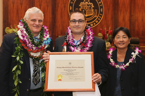 Chief Justice Mark E. Recktenwald, Dustin Cueva, Judge Lisa Ginoza at the 09/22/2017 Judiciary Statewide Incentive Awards.