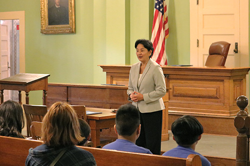 Hawaii Intermediate Court of Appeals Associate Judge Lisa Ginoza greets students visiting Hawaii Supreme Court Building, 03/08/2018